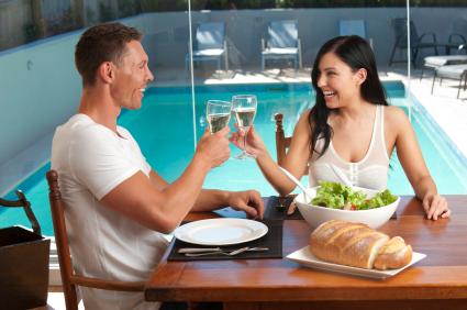 הכרויות ותחביבים - האם קל יותר למצוא בן זוג בעל תחומי עניין דומים?